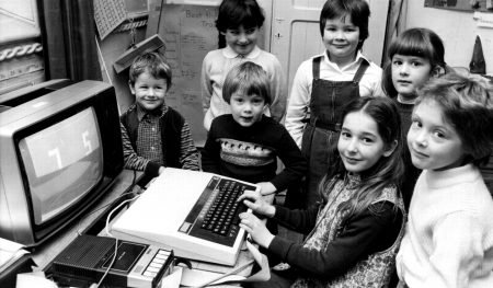 HOW BRITAIN ADOPTED THE HOME COMPUTER OF THE 1980s